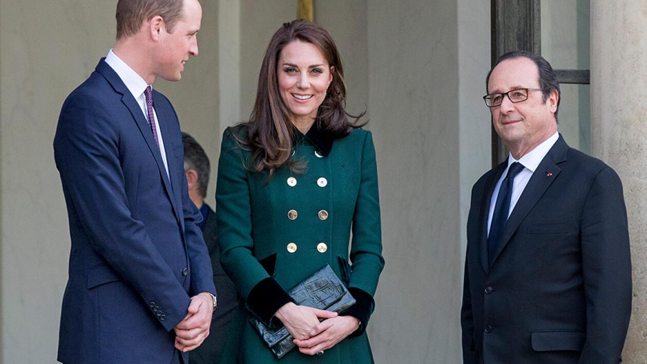 Znalezione obrazy dla zapytania księżna Kate z kopertówką Etui Bags